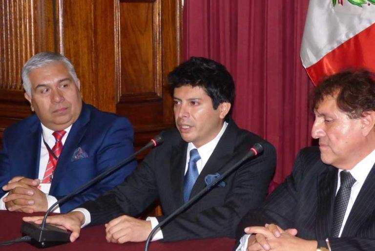 Mesa de trabajo con la UNJBG de Tacna para mejorar calidad educativa