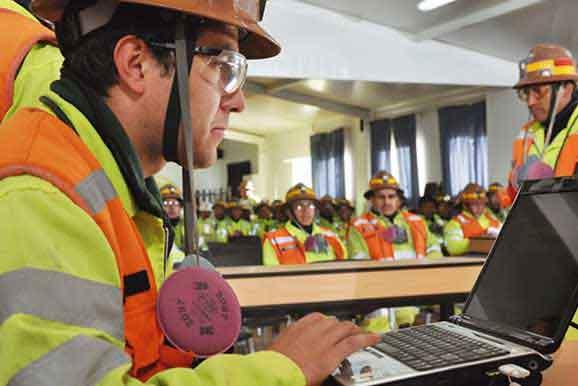 Capacitación virtual en minería es desarrollada por nuestra institución