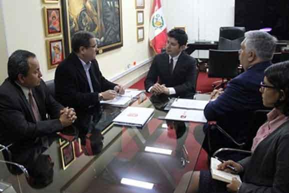 Dr. Luis Iberico presidirá Consejo Consultivo de nuestra institución